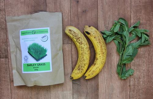 банановый смузи с мятой - ингредиенты