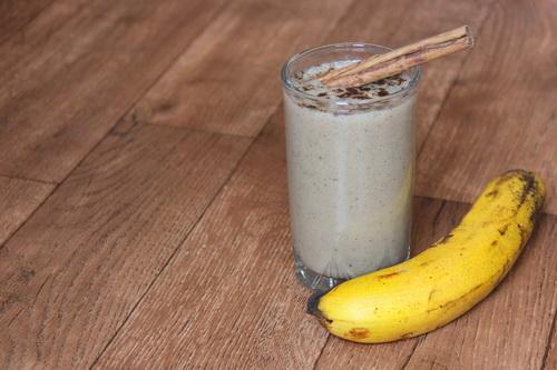 банановый смузи с пряностями
