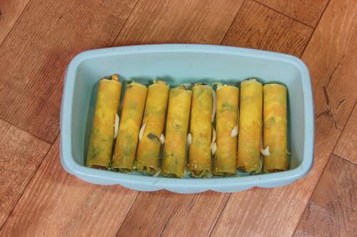Каннеллони с овощами и тофу - шаг 5 (выкладываем в форму)