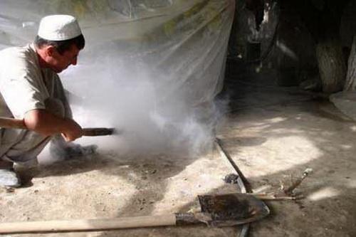 сухофрукты - окуривание серным газом винограда